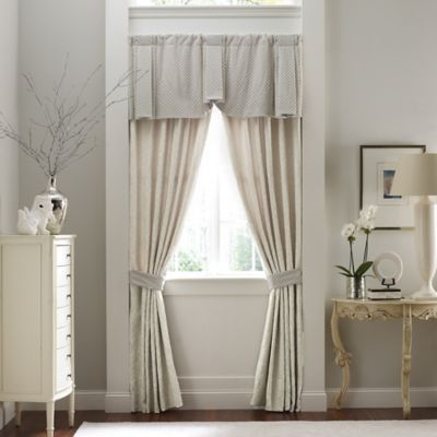 Croscill Couture® Rowling 22-Inch Pleated Window Valance in Ivory/Platinum