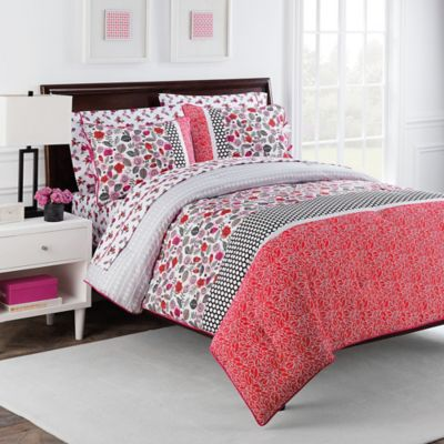 Nantucket Rose 7-Piece Reversible Queen Comforter Set by Robin Zingone in Pink/Black
