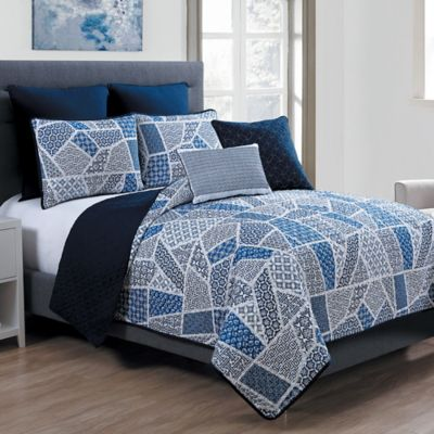 VCNY Ladera 7-Piece Reversible Full Quilt Set in Blue/White