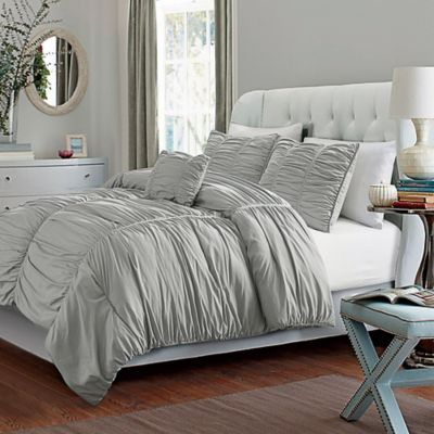 VCNY Madeira Queen Comforter Set in Taupe
