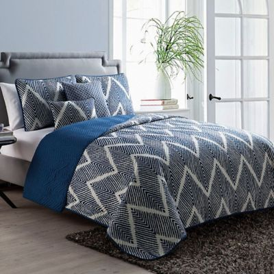 VCNY Mela Chevron 5-Piece Reversible Full/Queen Quilt Set in Blue/White
