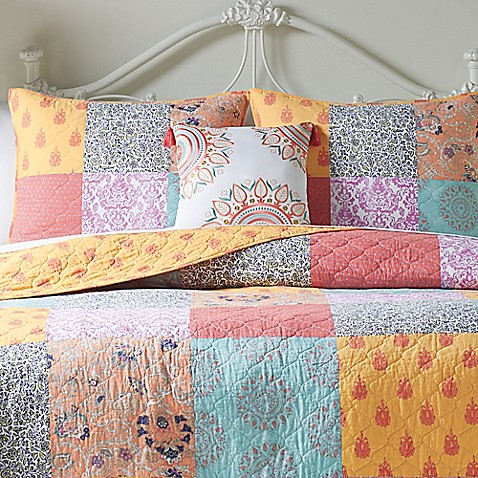 Jessica Simpson Sonya Standard Pillow Sham
