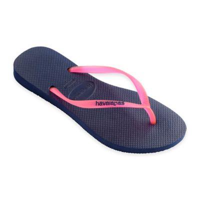 Havaianas® Size 6 Slim Logo Women's Sandal in Navy/Shocking Pink
