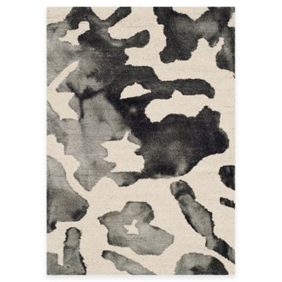 Safavieh Dip Dye Camo 3-Foot x 5-Foot Area Rug in Beige/Charcoal