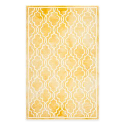 Safavieh Dip Dye Link Trellis 6-Foot x 9-Foot Area Rug in Gold/Ivory