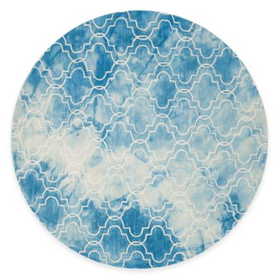 Safavieh Dip Dye Trellis 5-Foot Round Area Rug in Blue/Ivory
