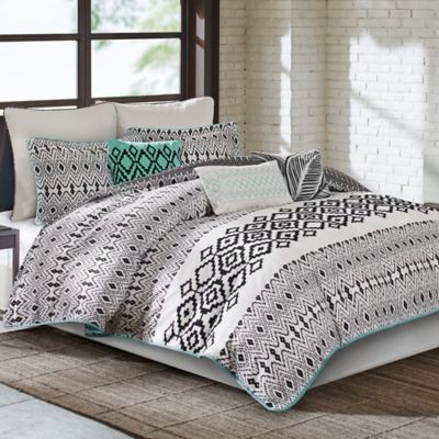 Echo Design™ Kalea Reversible Full/Queen Duvet Cover Set in Black/White