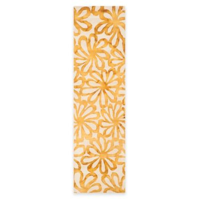 Safavieh Dip Dye Floral Burst 2-Foot 3-Inch x 8-Foot Runner in Beige/Gold