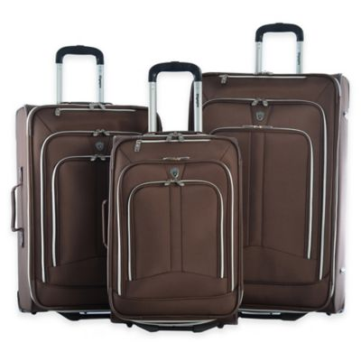 Olympia® USA Hamburg 3-Piece Rolling Expandable Luggage Set in Navy