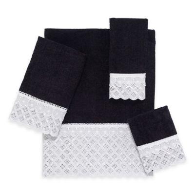 Eyelet Scallop Bath Towel in Black