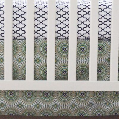 Oliver B Pinwheel 2-Piece Crib Bedding Set in Green