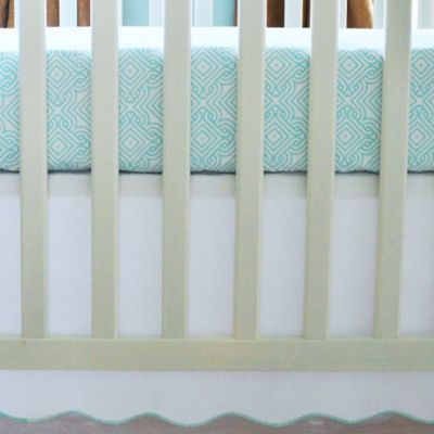 Oliver B 2-Piece Scallop Crib Sheet and Skirt Set in Sea Green/White