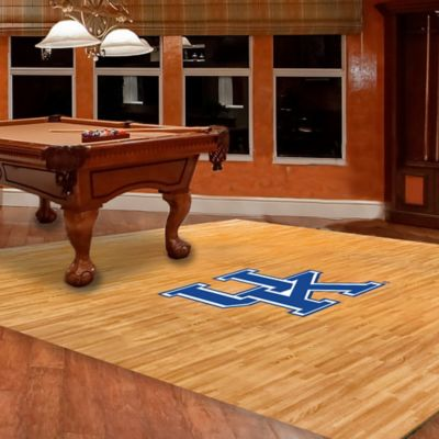 University of Kentucky Foam Fan Floor