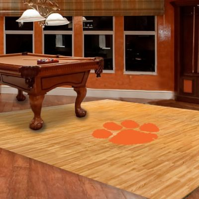 Clemson University Foam Fan Floor