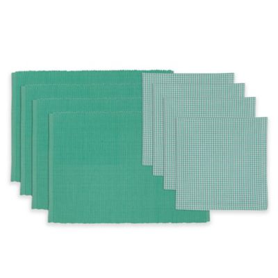 Spa Day Placemat and Check Napkin Set in Green