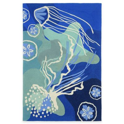 Trans-Ocean Capri Jelly Fish Ocean 5-Foot x 7-Foot 6-Inch Indoor/Outdoor Area Rug in Blue