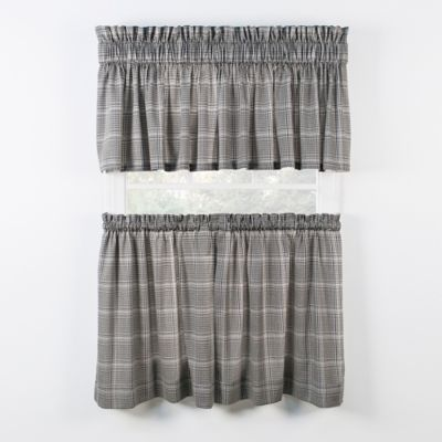 Rust Curtain Tier