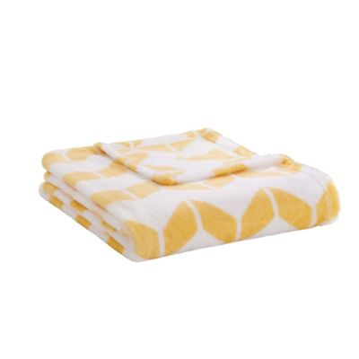 Intelligent Design Chevron Plush Throw Blanket in Yellow/White