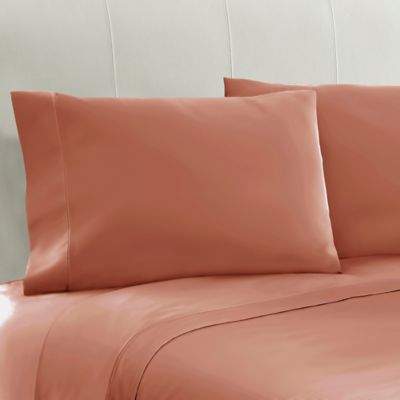 330-Thread-Count 100% Cotton Standard Pillowcases in Coral (Set of 2)