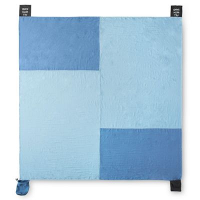 Nylon Beach Blanket in Blue