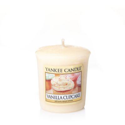 Yankee Candle® Housewarmer® Vanilla Cupcake Votive Candle