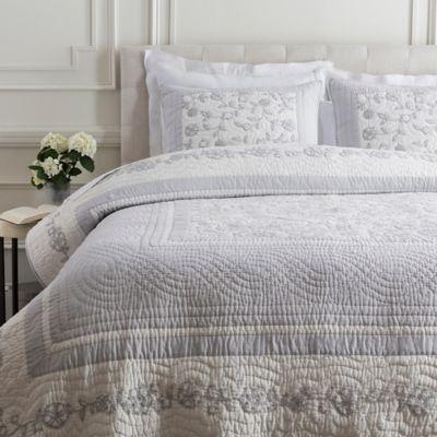 Surya Delaney Cotton/Linen Twin Quilt in Light Grey