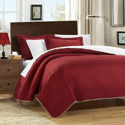 Chic Home Pisa Reversible Queen Quilt Set in Red/Beige