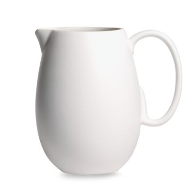 Vera Wang Wedgwood® Chalk 80-Ounce Pitcher
