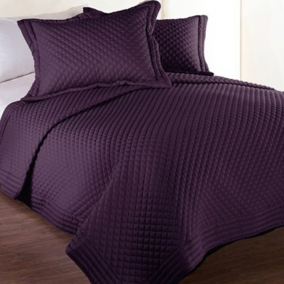 Clean Living Diamond Water/Stain Resistant Twin Quilt in Fig