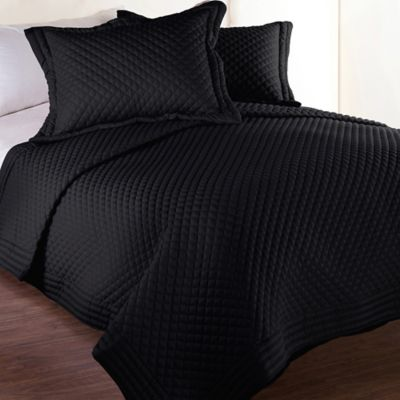 Clean Living Diamond Water/Stain Resistant Twin Quilt in Black