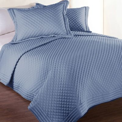 Clean Living Diamond Water/Stain Resistant Twin Quilt in Smoke Blue