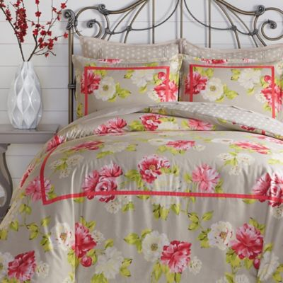 Jessica Simpson Naomi Reversible Full/Queen Comforter Set in Pink/Grey