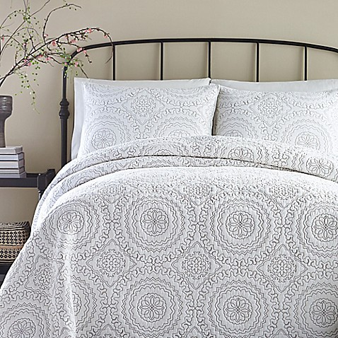 Buy Jessica Simpson Medallion Twin Coverlet In Grey From
