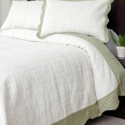 Nottingham Home Collection Jeana Embroidered Twin Quilt Set in White/Green