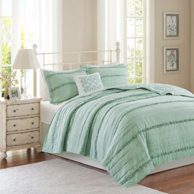 Madison Park Celeste Full/Queen Coverlet Set in Green