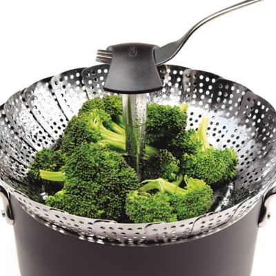 OXO Good Grips® 11-Inch Pop-Up Steamer