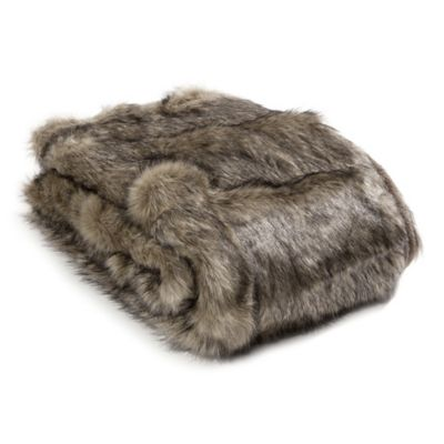 Wild Mannered Luxury Long Hair Faux Fur 36-Inch x 54-Inch Throw Blanket in Tawny Fox