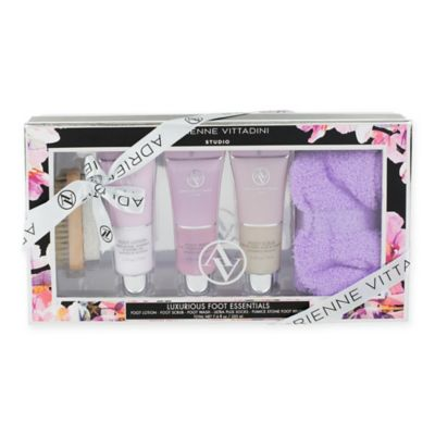 Adrienne Vittadini Black Floral Foot Care Gift Set