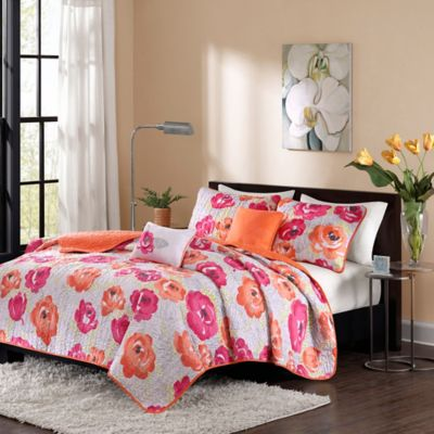 Intelligent Design Cinna Twin/Twin XL Coverlet Set in Pink/Orange