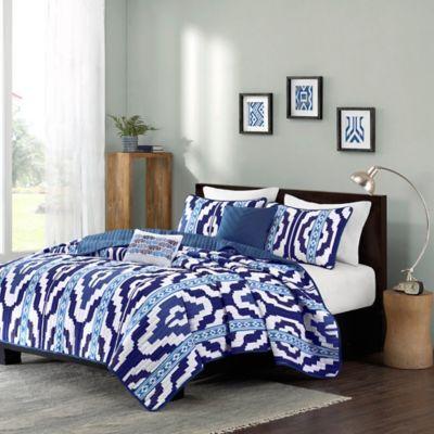 Intelligent Design Nokomis Full/Queen Coverlet Set in Blue