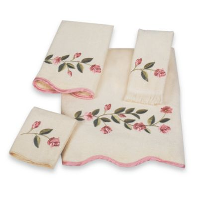 Avanti Melrose Washcloth in Ivory