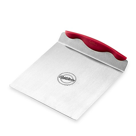 Wilton® Red Cake Lifter