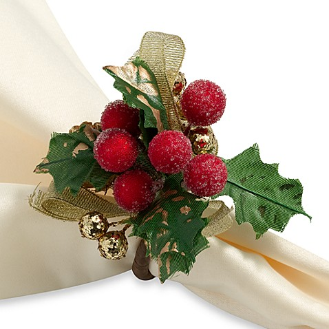 Berry Pine Napkin Rings (Set of 4)