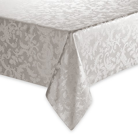 Winter holly 70 x 120 oval tablecloth bed bath beyond for Tablecloth 52 x 120
