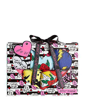 7 PACK WILD AT HEART CREW SOCK GIFT BOX