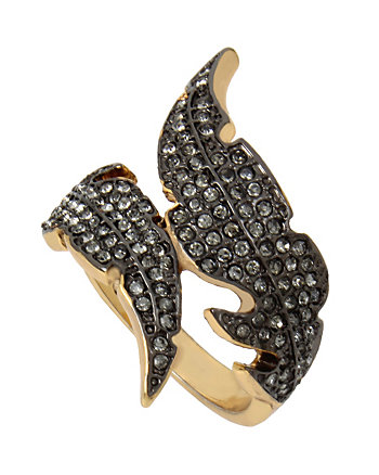 ANGELS AND WINGS FEATHER RING
