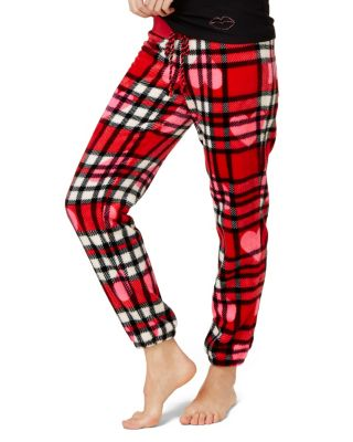 BETSEY BABES PLUSH PANT RED PLAID