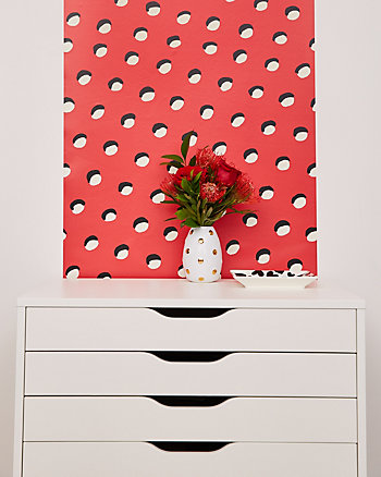 BETSEY POLKA DOT REMOVABLE WALLPAPER