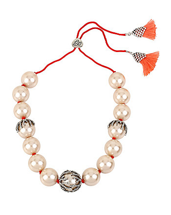 BETSEYS BOAT HOUSE BAUBLE NECKLACE