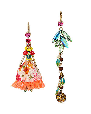 CALYPSO BETSEY SKULL GIRL EARRINGS